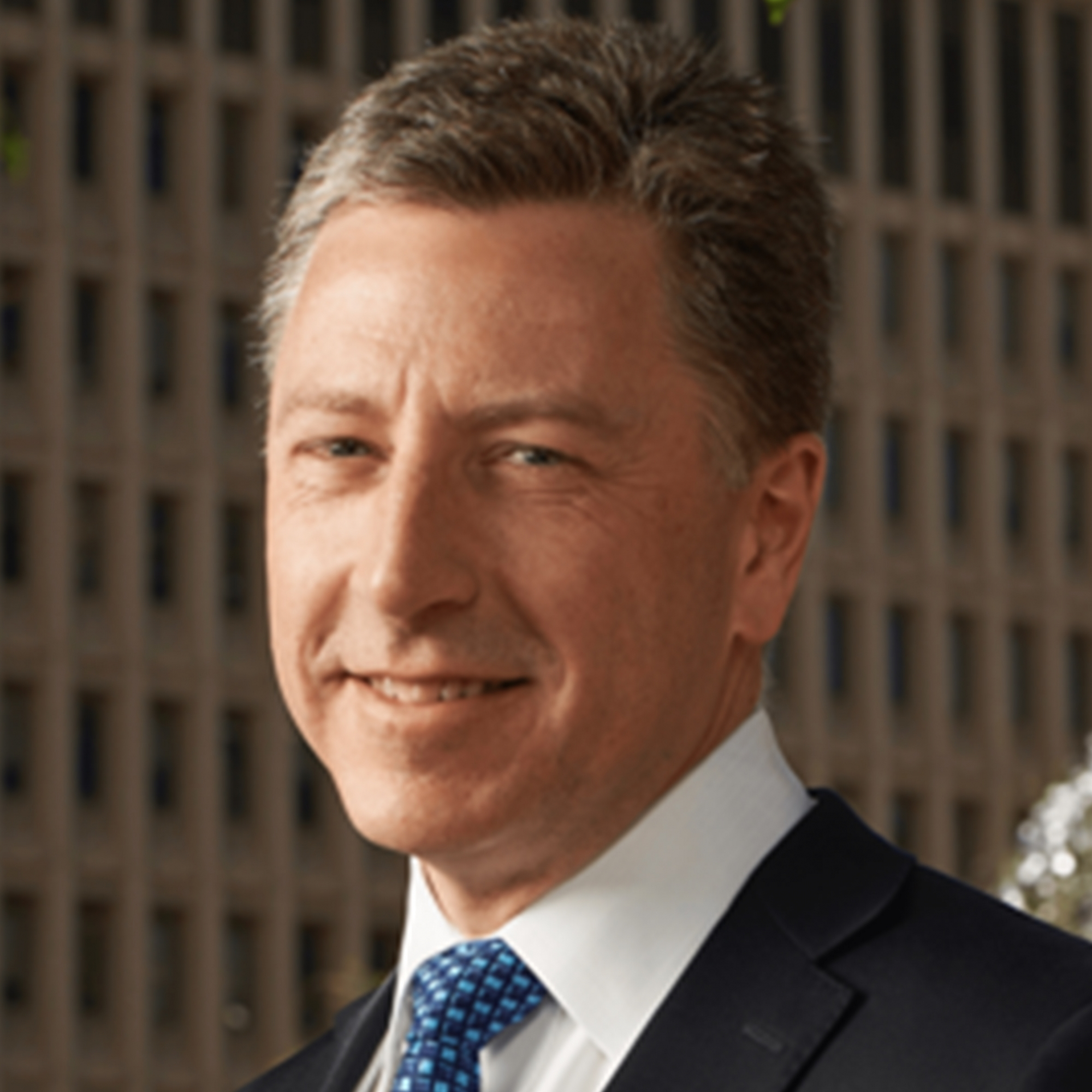 photo: a professional headshot of Board of Advisor Kurt Volker